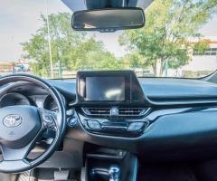 Toyota C-HR 1.8 HYBRID E-CVT BUSINES avtomatik